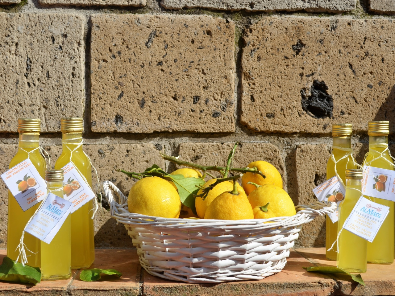 Limoncello and marmalade of Sorrento - B&B Al Mare Sorrento